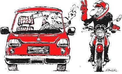moto ou voiture pour les vacances