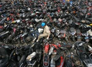 Que peut on trouver sur les casses moto Internet