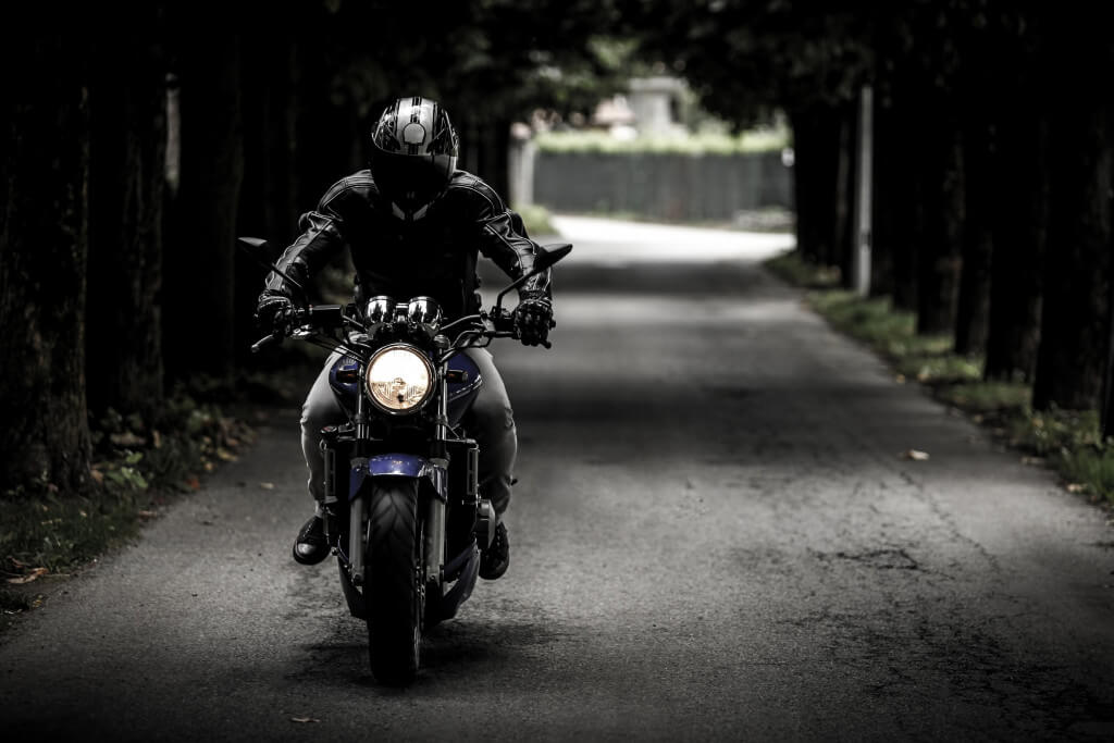 conduire en ville à moto